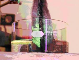 Example of sheen on oleophilic porous media