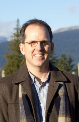 Outdoor portrait of associate professor Steve Conrad